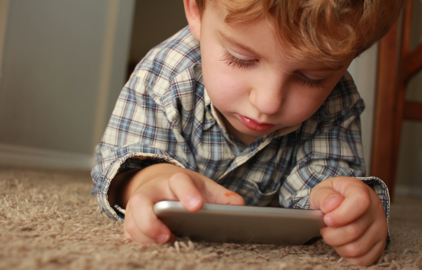 How Your Smartphone Usage Is Damaging Your Children